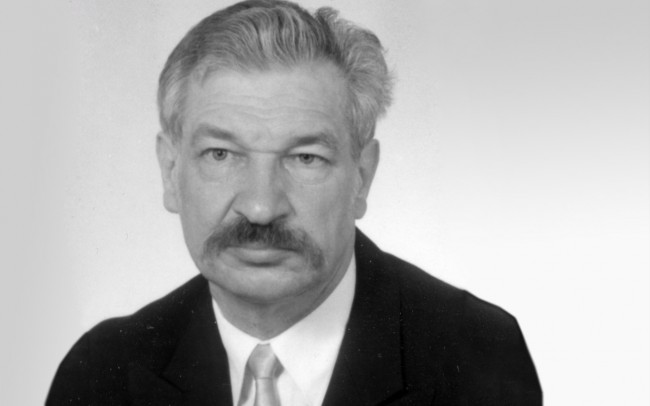 Mirosław Piotrowski